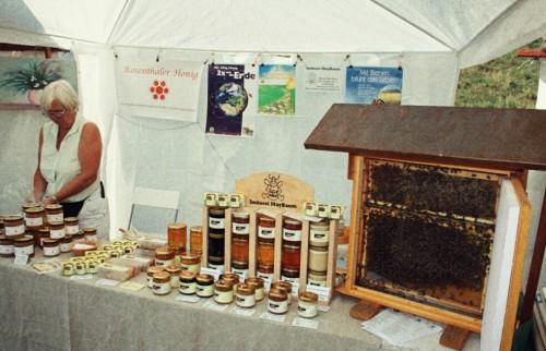 Das Lebendige, die Bienen, standen nicht zum Verkauf.