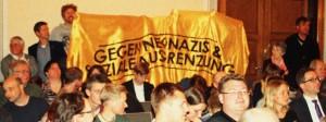 """Protest in BVV """"gegen Neonatzis..."""""""