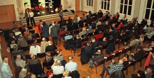 Festsaal der Treffpunktgemeinde Besucher zum Thema