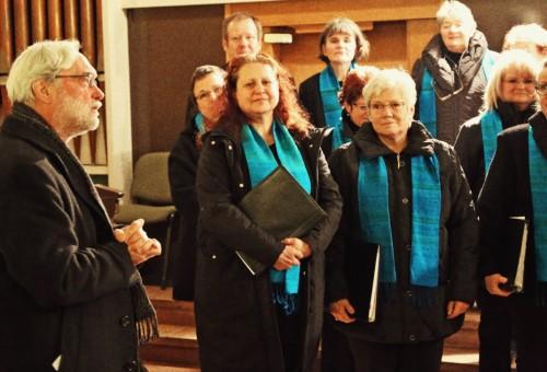 Herr Pfarrer Martin König dankt dem Chor.